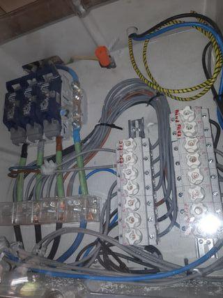 electricista ,fontanero