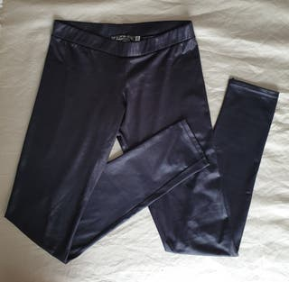 Leggins brillo Stradivarius