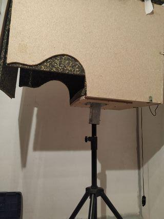 isobox caja para estudio de grabación.