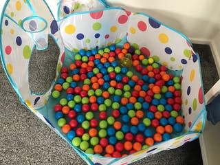 Toddlers Ball Pit & Balls