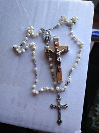 rosario y cruz Comunión