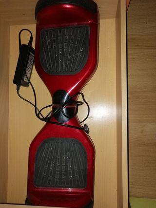 patín eléctrico rojo