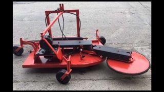 segadora desbrozadora hierba tractor