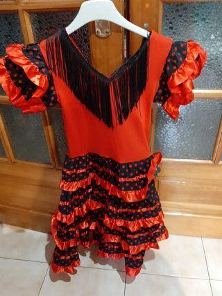 vestido de sevillana