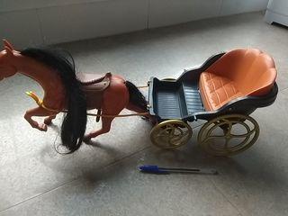 grande coche de caballos