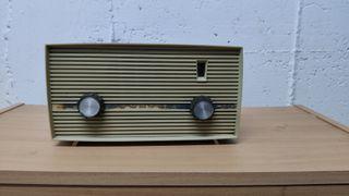 Radio antigua FM invicta modelo v310