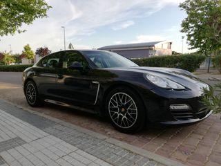 Porsche Panamera 2013 3.0 diesel 250 cv. impeccable de interior y exterior, todos los extras, revisiones en porsche con libro de mantenimiento, todos los extras,