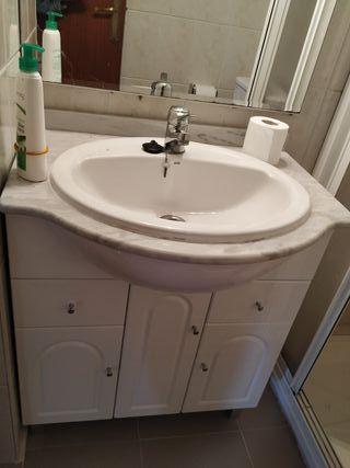 mueble, lavabo y espejo