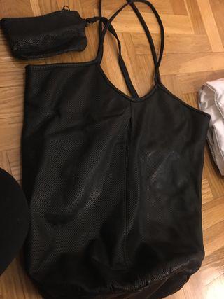 Bolso piel tipo saco negro
