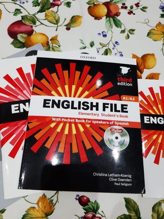 Libros A1 y A2 EOI Inglés como nuevos