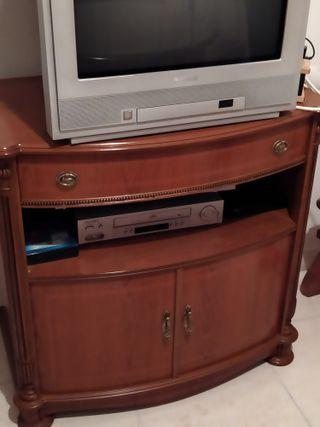 Mesa de madera para television