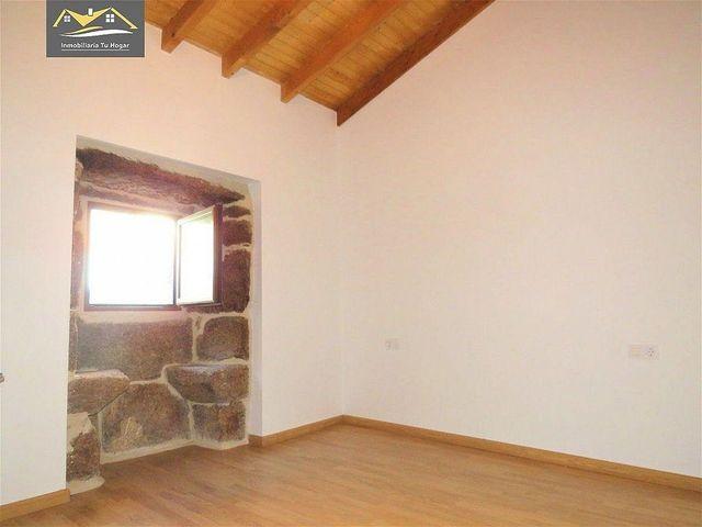 Casa en venta en San Cibrao das Viñas