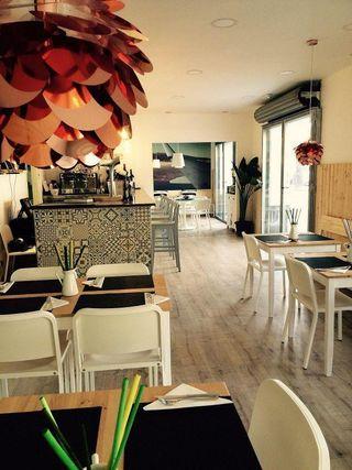 Local en traspaso en Lluminetes en Castelldefels