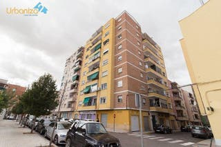 Piso en venta en Maria Auxiliadora - Barriada LLera en Badajoz