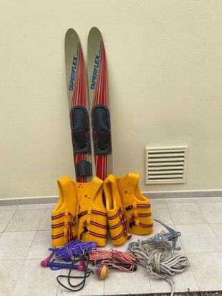 Esquís nauticos y accesorios