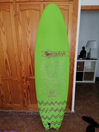 Tabla surf mobyk fish 6.6, funda, leash y quillas