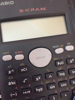 Calculadora científica casio.