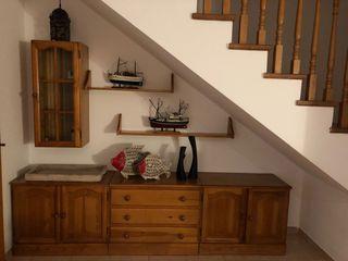 Mueble de comedor de madera maciza