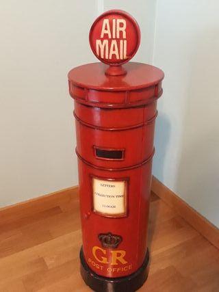 Mueble vintage buzón correos ingles
