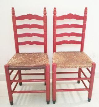 dos sillas antiguas para restaurar