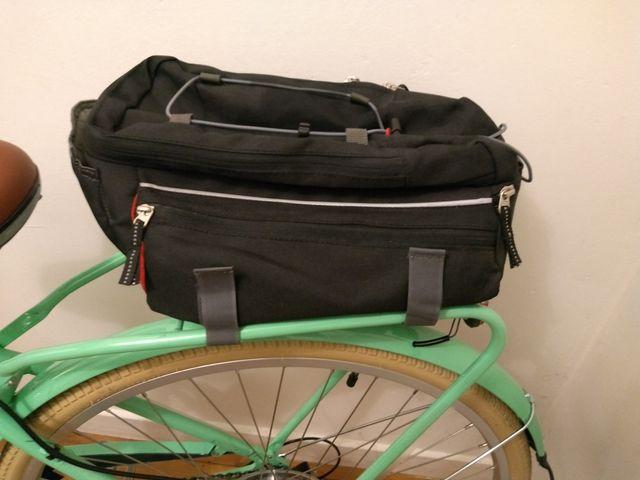 Bike luggage rack bag