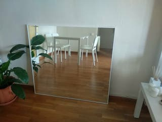 Espejo con marco de aluminio blanco