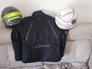 Se venden dos cascos integrales marca Helix (Talla