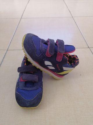 Zapatillas Reebok niña.