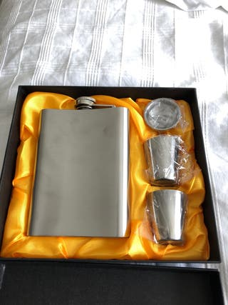 Hip Flask Set (new)