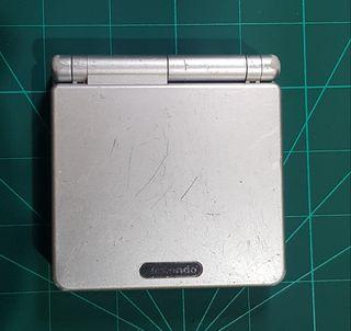 Game Boy advance sp gris.