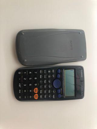 Calculadora Casio gris