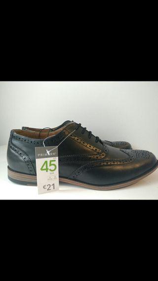 Zapatos modelo Brogue