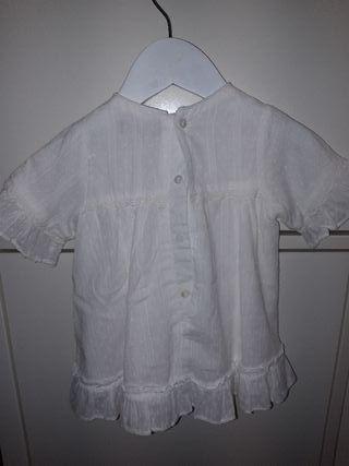 Jesusito blanco plumeti marca dadati talla 18 mese