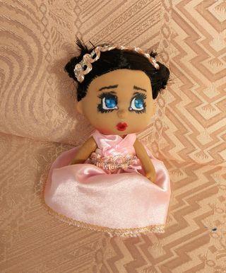 Muñeca tamaño Barriguitas