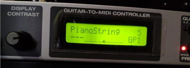 Axon AX 100 MKII Controlador de guitarra a midi