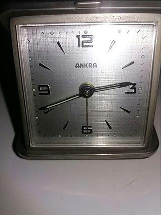 reloj despertador antiguo años70