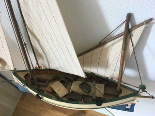 Maqueta barco pesquero grande