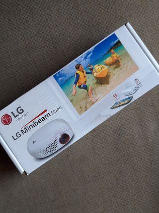 Proyector LG led Minibeam Nano PV 150 G