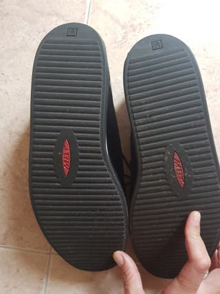 Zapatos marca MBT 41