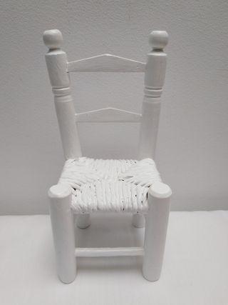 Sillita silla muñeco tamaño Barriguitas