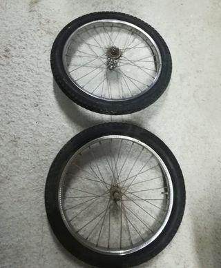 Ruedas de recambio de bicicleta clásica