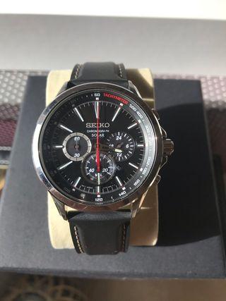 Reloj Seiko solar SSC493-P1