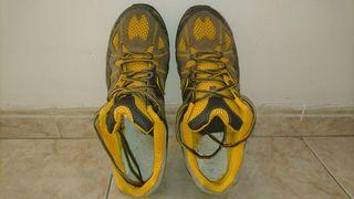 Zapatos de treking. COMO NUEVOS