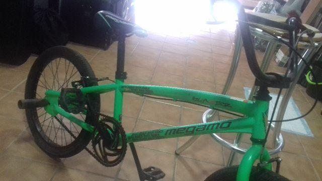 MEGAMO BMX
