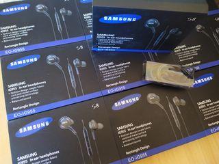 Auriculares Samsung AKG originales.