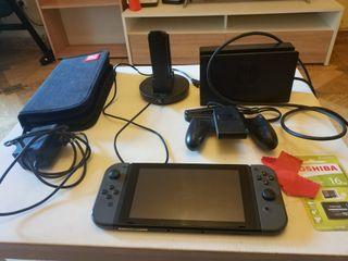 Pack Consola Nintendo Switch con 4 juegos
