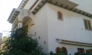 Se vende bungalow 2 plantas, con jardín Torrevieja