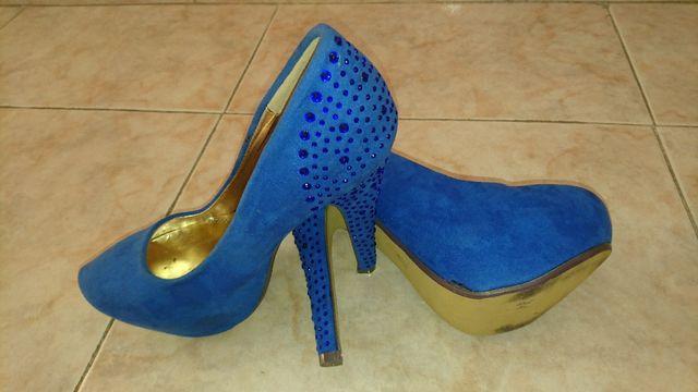 Zapatos de tacón NUEVOS