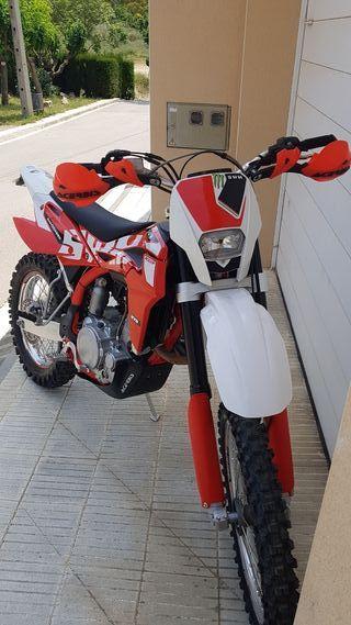 S.W.M. WR500R