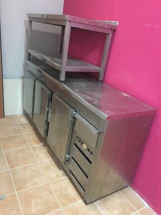 frigorífico industrial +mesa industrial